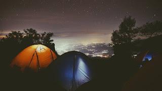 Bermalam di Tenda dengan view keren