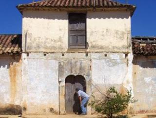 """Casa abandonada de Tupure"""