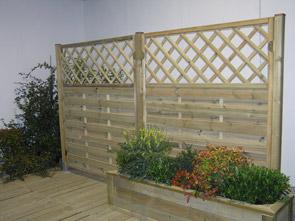Fiori piante e giardini del mondo aprile 2012 for Divisori con fioriere