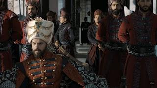 După moartea soțului în timp ce Sultana Gevherhan se va întoarce la palatul ei ca să își strângă lucrurile  ea va găsi o probă în baza căreia se va duce într-o locație. În aceea locație se aflau o femeie și un copil. Ea va fi dărămată atunci când își va da seama că Pașa Topal are o familie secretă despre care îi fusese ascunsă acesteia.