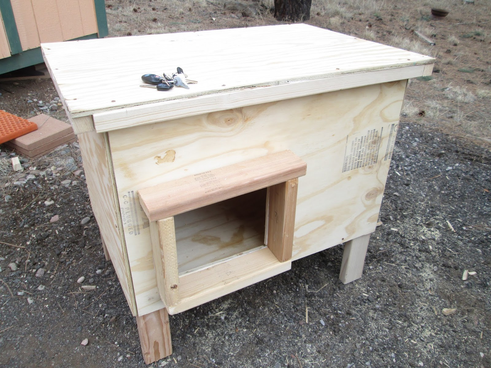 Ancient Pathways Survival School  LLC  DIY Dog House Plans After researching