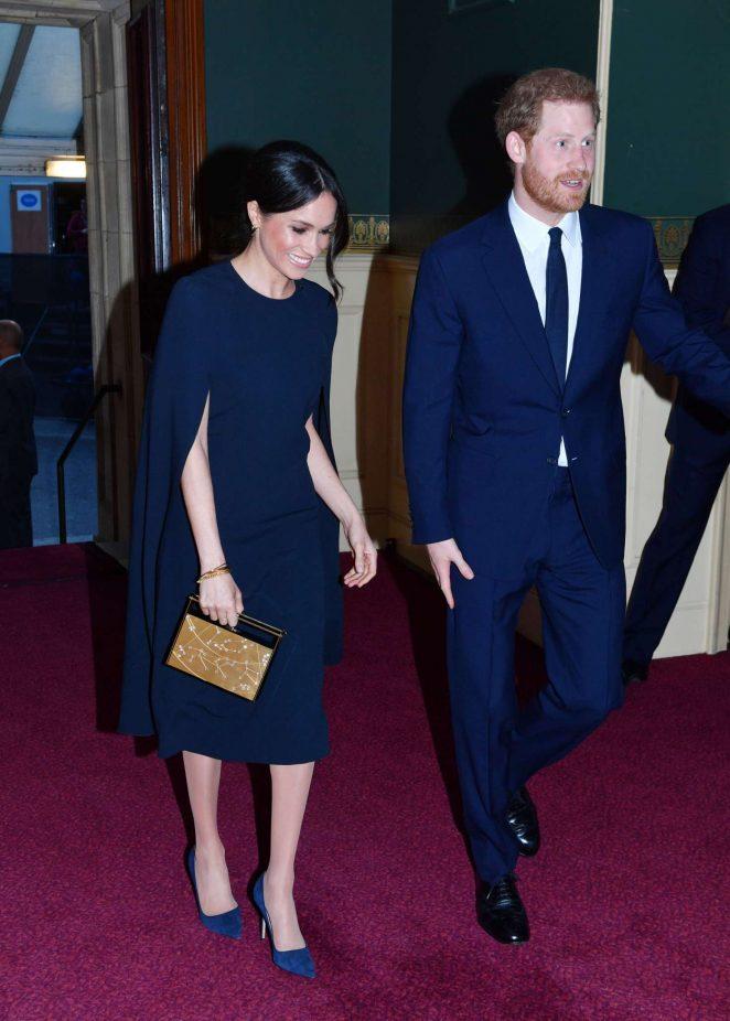 Меган Маркл и принц Гарри на празднованит 92-летия королевы Елизаветы в Лондоне.