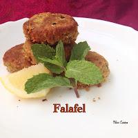 http://nilascuisine.blogspot.ae/2015/01/falafel.html