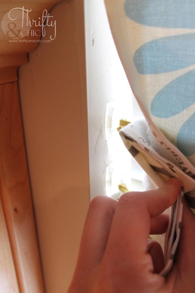 没有SEW FAUX罗马遮阳篷 - 实际上可以移动和下降到窗口的长度!