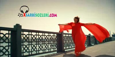 GülSara & Ziynet Sali Follow Me Şarkı Sözleri