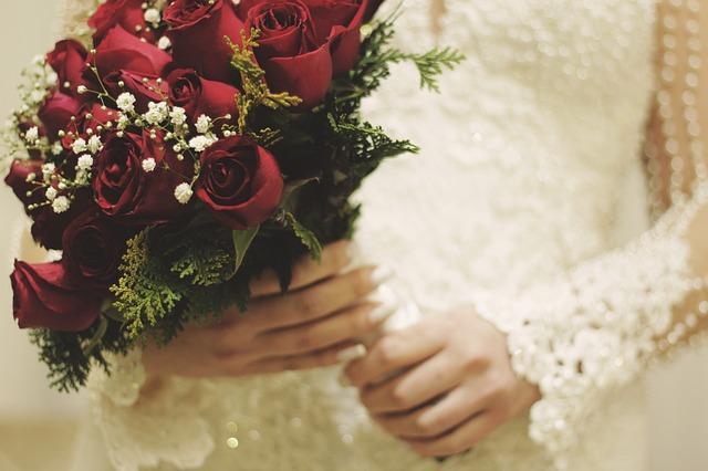 hoa cưới giá rẻ