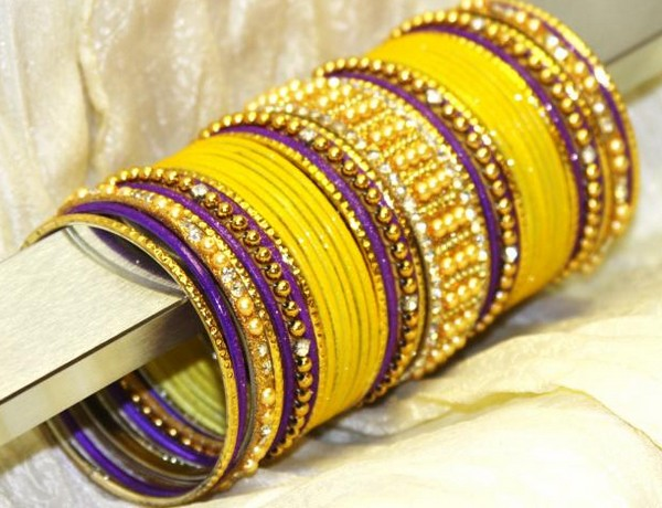 Importance of Bangles in Women's Life - Astrology Connection
