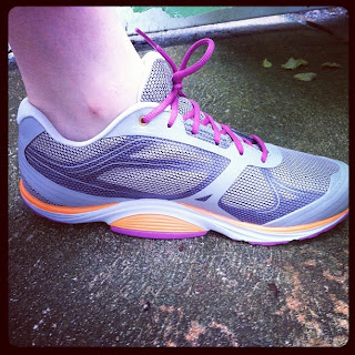 Discount Hiking Shoes Womens