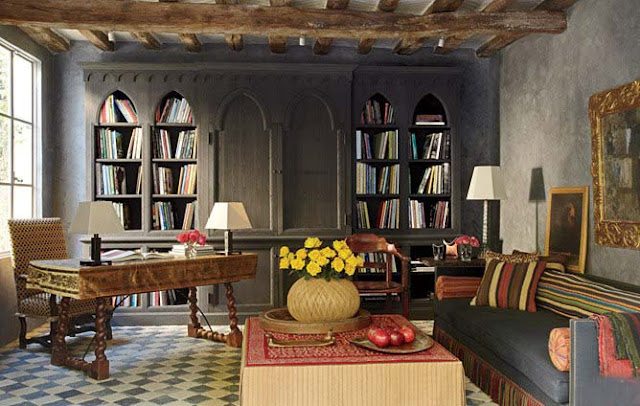 Library and lounge, Malibu, Richard Shapiro residence, image via Architectural Digest, as seen on linenandlavender.net