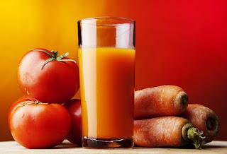 9 Manfaat Jus Wortel dan Tomat