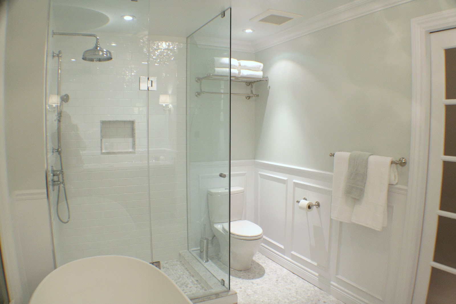 Glass Bathroom Ideas: So Canadian Eh?: Janice From Life Begins At Thirty, Right