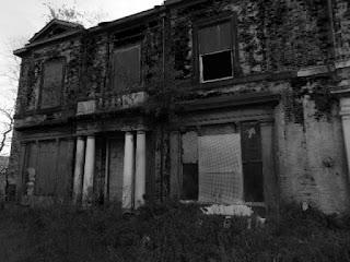 "<img src=""decay on vine street"" alt="" https://derelictmanchester.blogspot.com/p/derelict-mansion-house-on-vine-st-and.html"" />"