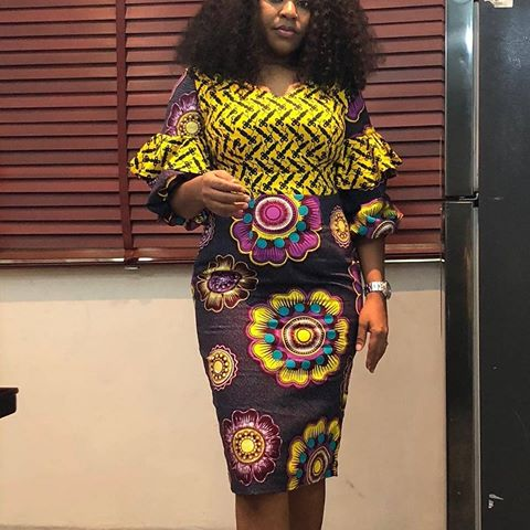 f12e9fb5885 Check Out This Beautiful Ankara Short Gown Styles 2018 / 2019