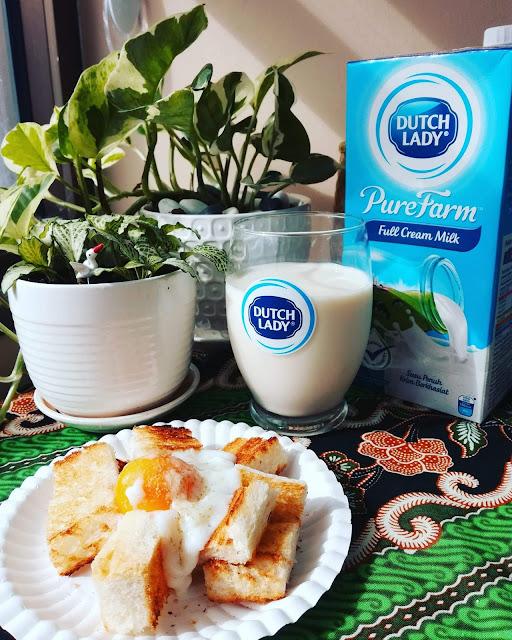 Hebatkan pagi anda dengan mengambil segelas susu untuk memulakan aktivit harian anda. Dutch Lady | Permulaan Hari Yang Bertenaga Dengan Kebaikan Protein Dari Susu