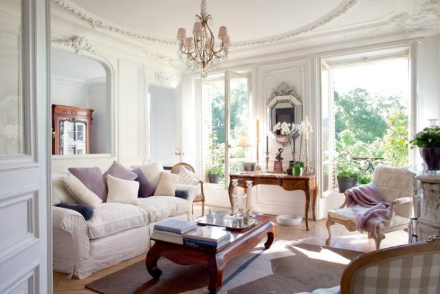BOISERIE & C.: Raffinati Stucchi in stile francese