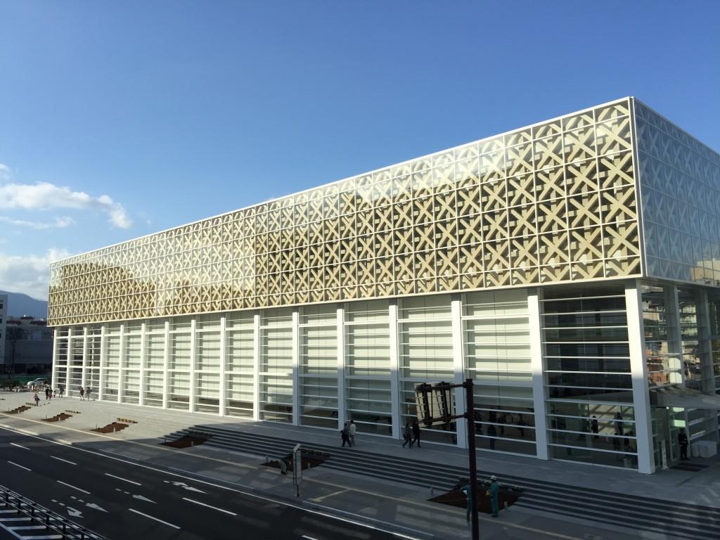 雲程的雙魚鏡: 致敬再致敬:臺南圖書館總館 vs. 日本大分縣美術館