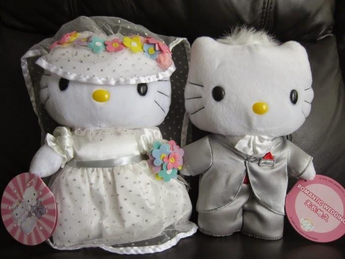 Gambar boneka hello kitty berpasangan terbaru