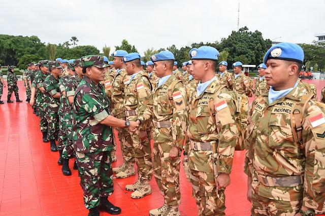 Kasum TNI : Prajurit TNI  Kontingen Garuda Terkenal Cepat Menyesuaikan Dengan Lingkungan Sosial