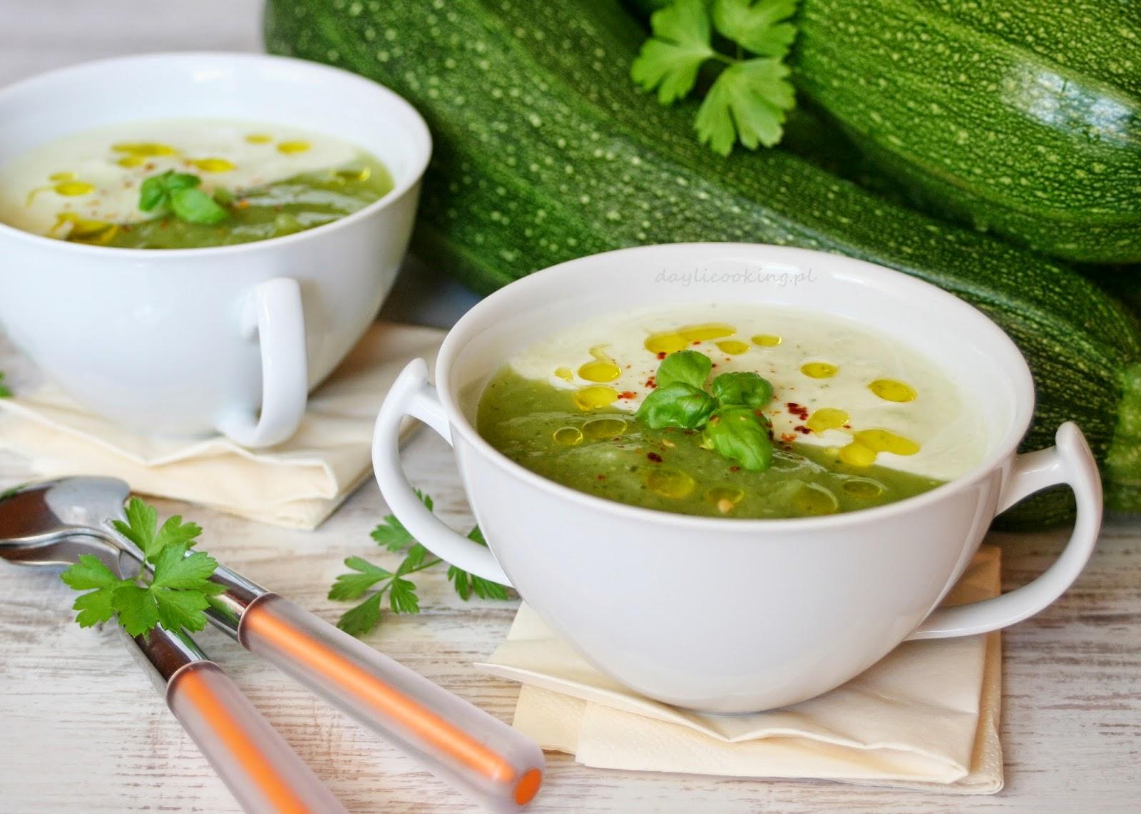 błyskawiczny obiad, najlepsze przepisy na zupy, zupa krem, zielony krem, cukiniowa zupa, daylicooking