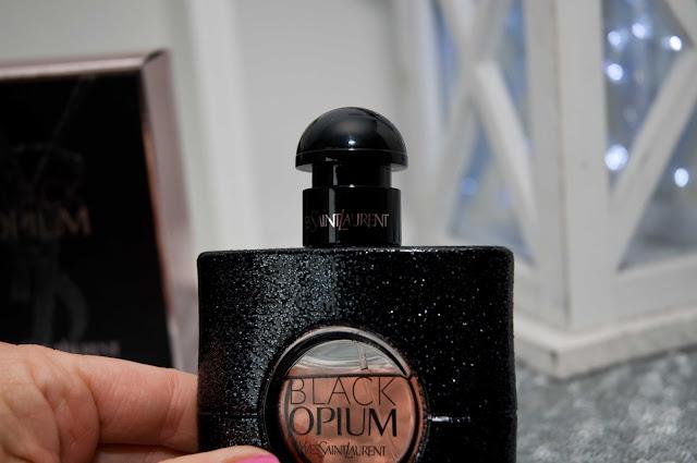 jak wyglądają oryginalne a podróbki Black Opium YVSL?