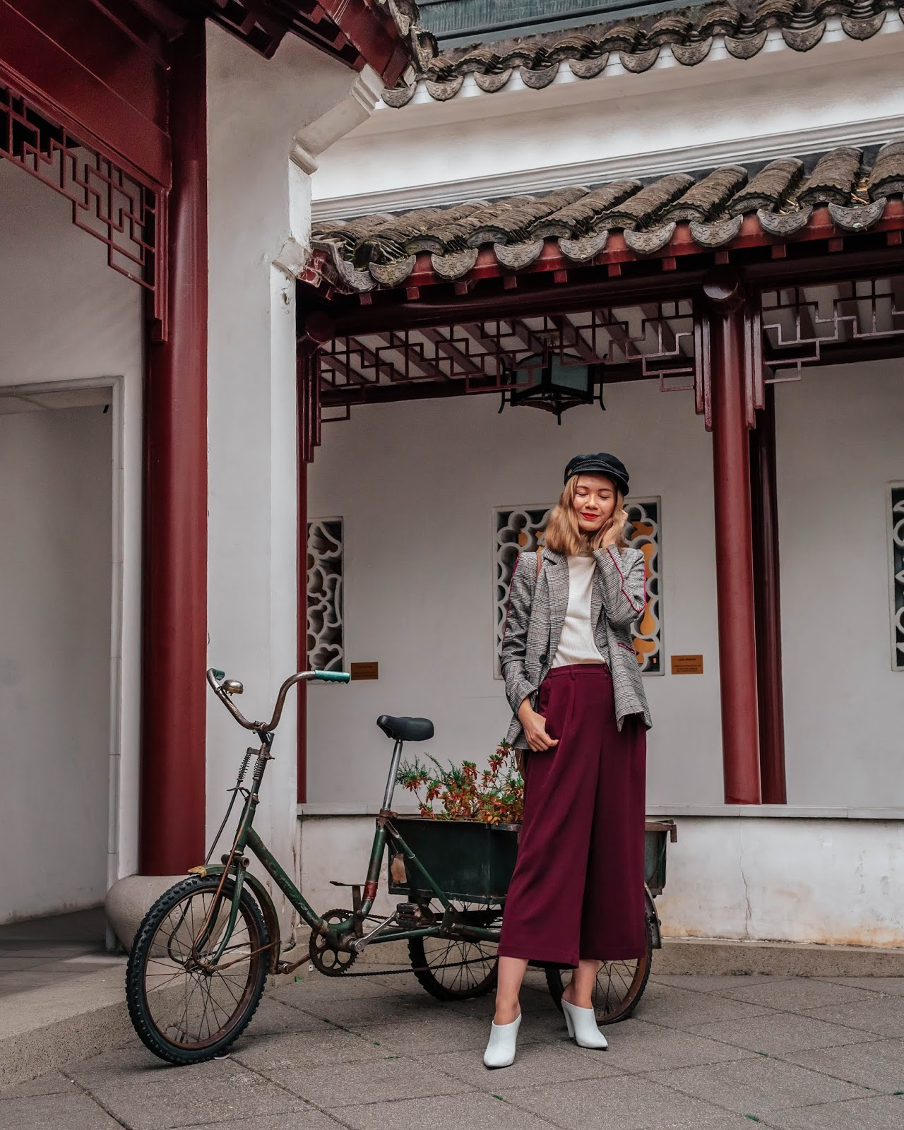 Camel tones, vancouver blogger, fall trends, fall 2018 trends, camel coat, cozy outfit for winter, fall outfit, fall style, canadian style, canadian fashion blogger, culottes, white mules, marc fisher shoes, chriselle lim collection, plaid blazer, sun yat sen garden