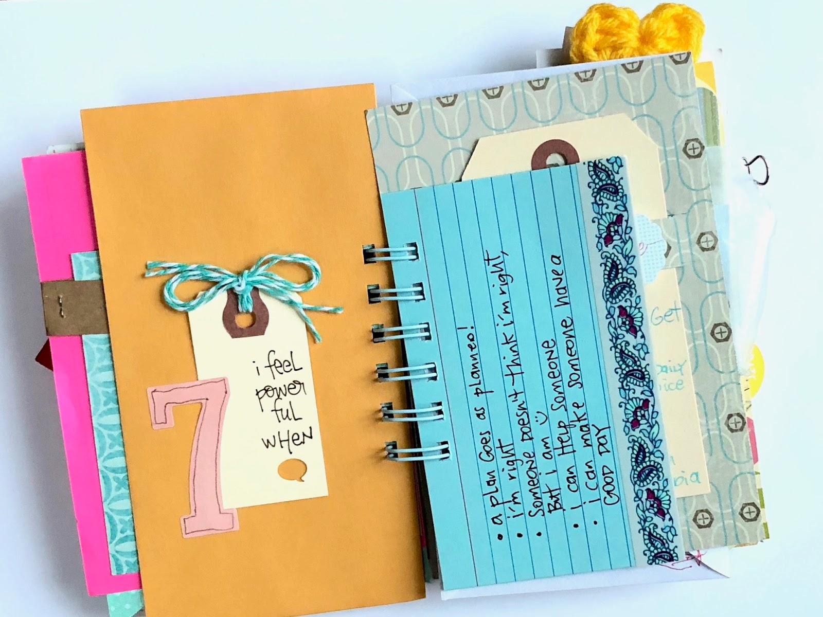 #30 lists #lists #30 Days of Lists #smashbook #mini album #mini book #list challenge
