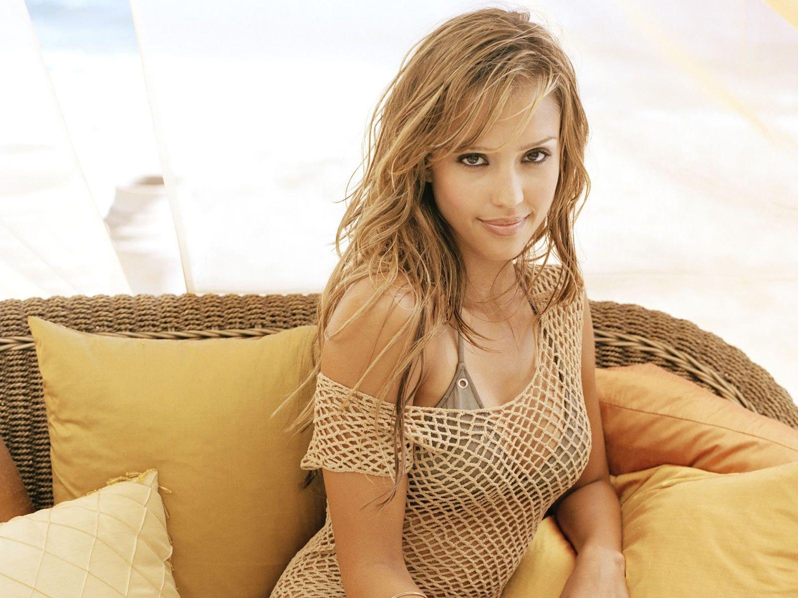 Jessica Alba Profile And Beautiful Latest Hot Wallpaper ...