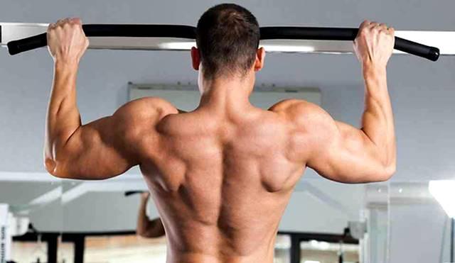 Entrenamiento para agrandar y fortalecer los músculos de la espalda