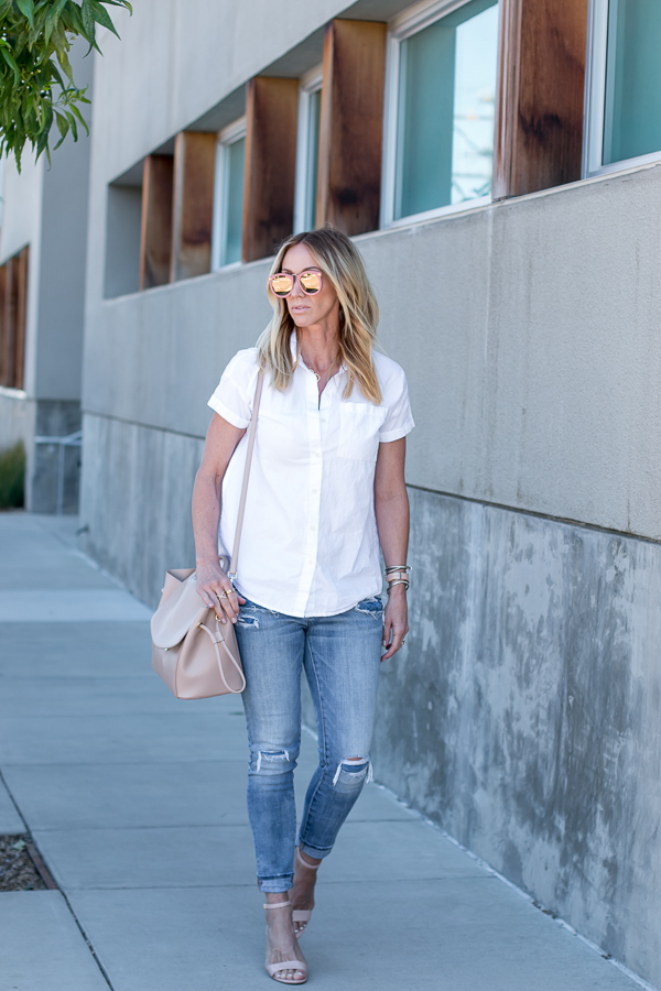 casual and chic outfit parlor girl