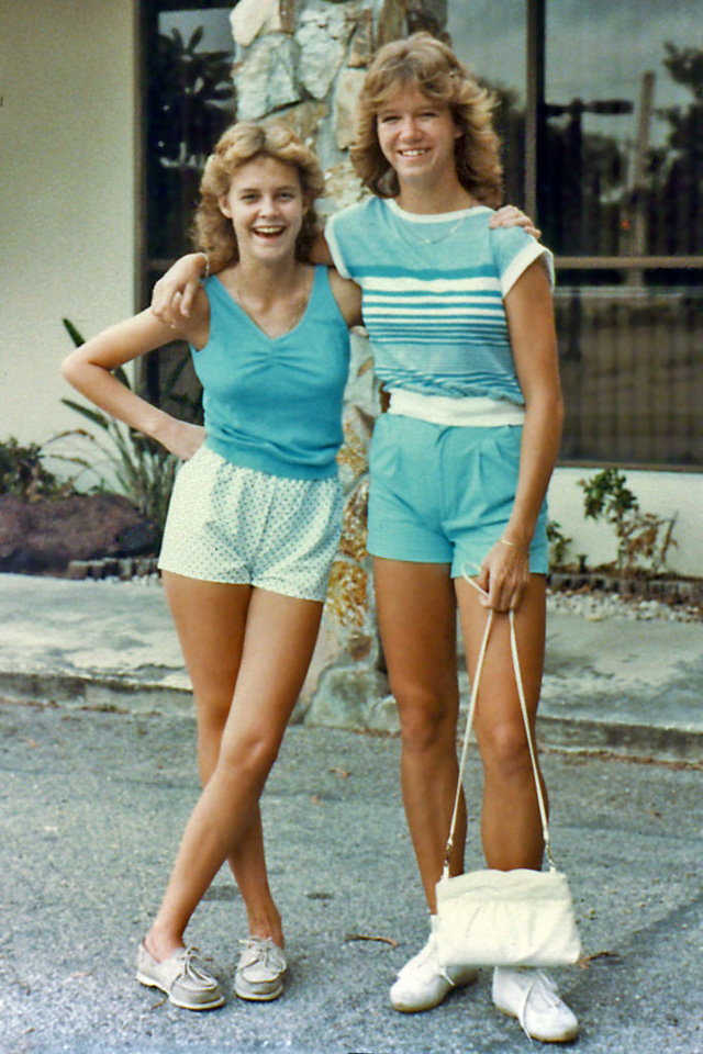 Vintage Young Fashion In The US 29 Color Photos Of American Teen Girls 1980s Everyday