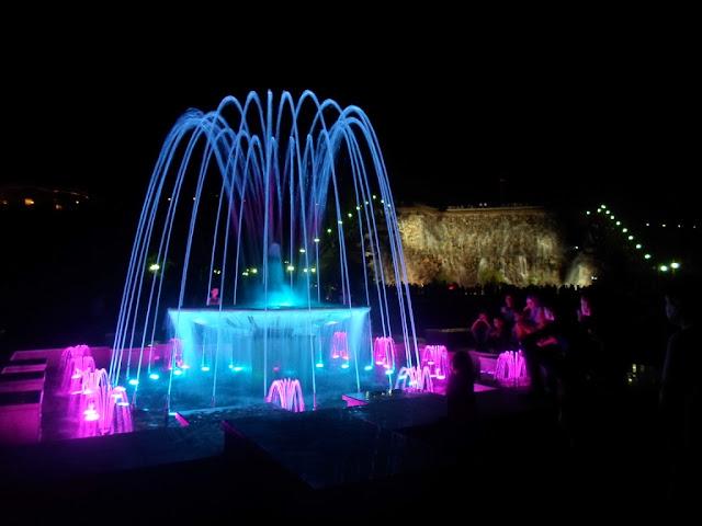 Площадь Исмоила Сомони, поющие фонтаны, водопад, Душанбе, Таджикистан - фото
