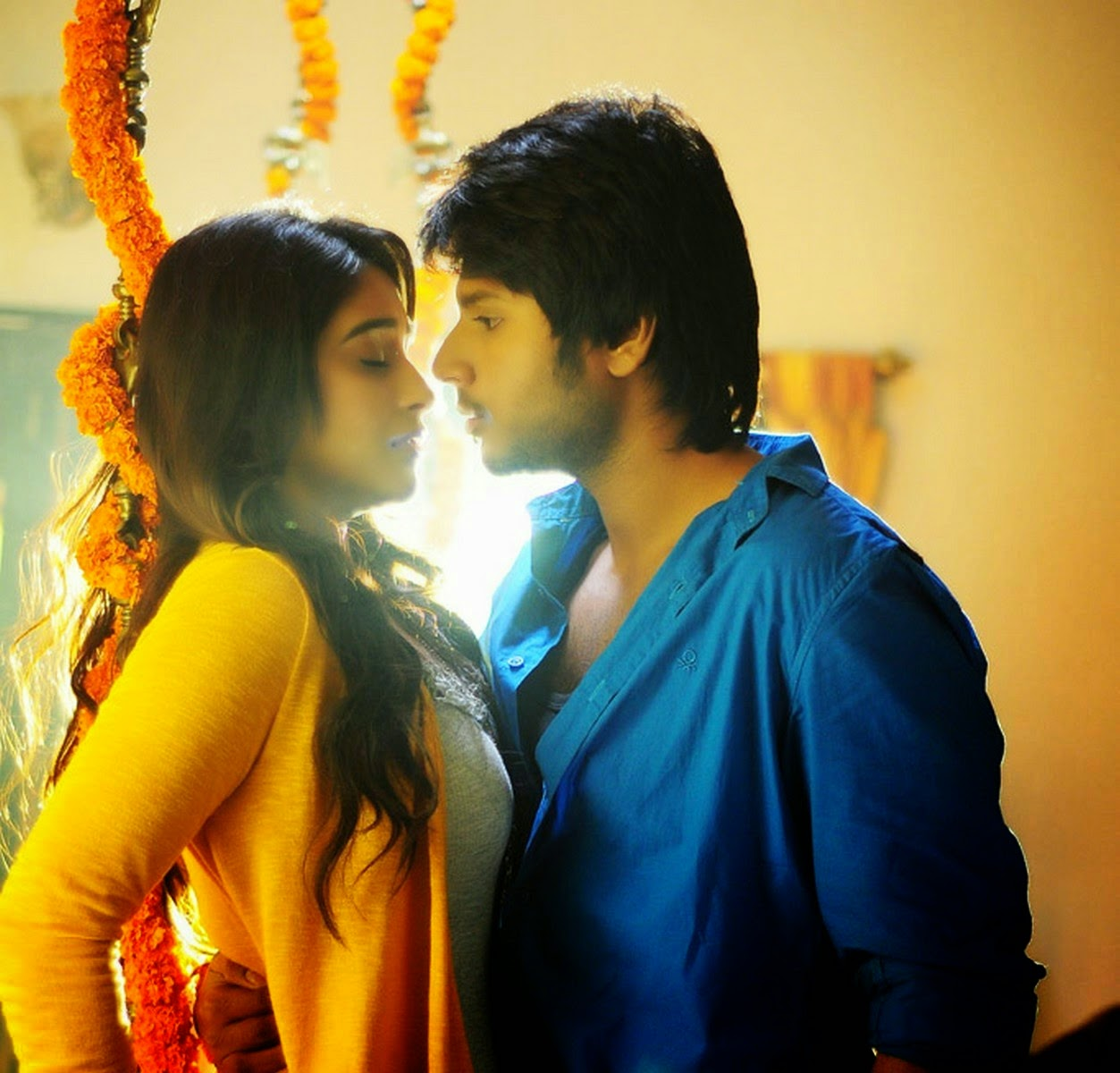 Ra Ra Krishnayya Telugu movie images - Tolly Cinemaa Gallery