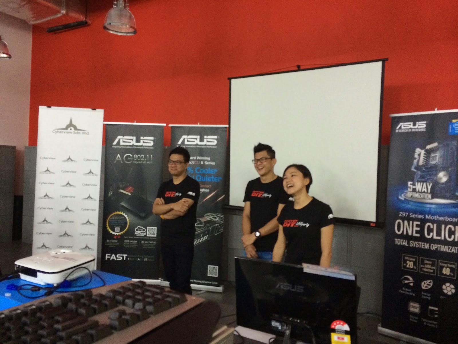 Coverage for ASUS LAN Party: DAY 2 8