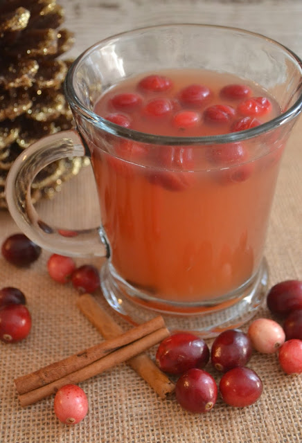 holiday cranberry recipes, cranberry recipes, easy cranberry recipes for the holidays, cranberry cider, cranberry desserts, cranberry drinks, cranberry cobbler, cranberry ambrosia salad, tuna salad with cranberries, Cranberry Apple Cider, Cranberry Apple Crisp, Crock Pot Cranberry Apple Pork Chops, Cranberry Bliss Bar, Cranberry Ice,  Cranberry Tuna Salad on Apples
