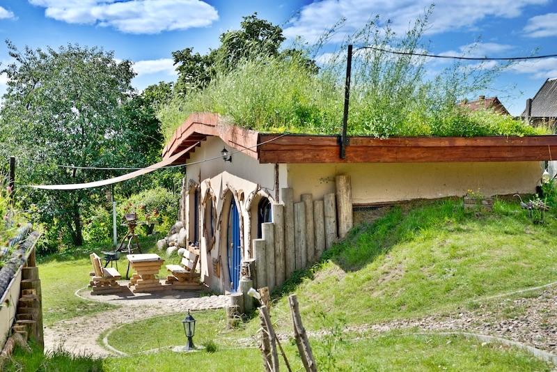 architektura, atrakcje dla dzieci, domy hobbitów, gdzie spać, Hobbitowe Wzgórza, hotele, hotele na Kaszubach, Kaszuby, Książki, magiczne miejsca, Miejsca z klimatem, Podróże, Przywidz,