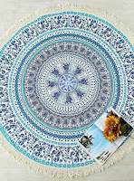 http://fr.shein.com/Green-Leaf-Print-Fringe-Design-Round-Beach-Blanket-p-343698-cat-1866.html?utm_source=melimelook.fr&utm_medium=blogger&url_from=melimelook