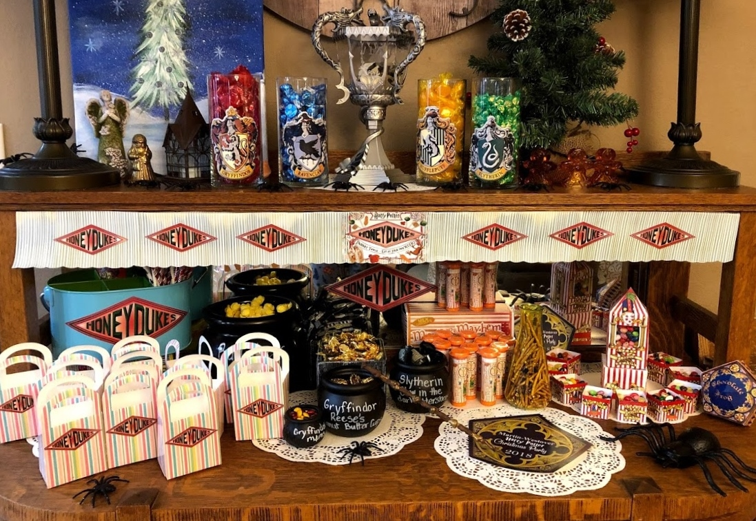 Location Décoration Harry Potter Hollyshome Family Life Harry Potter Party Decorations And