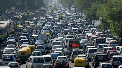 imagen de un congestionameinto camino hacia el angel de la independencia