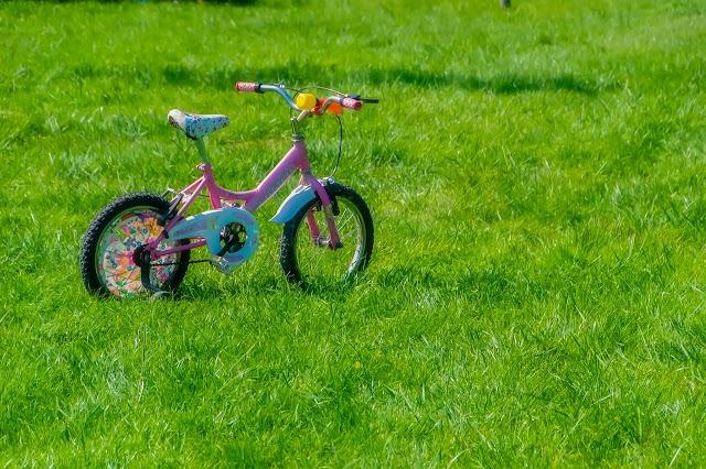 Hal yang Perlu Diperhatikan Sebelum Mengajarkan Anak Mengendarai Motor
