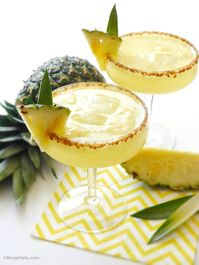 Pineapple Rum Sangria Punch Recipe - BirdsParty.com