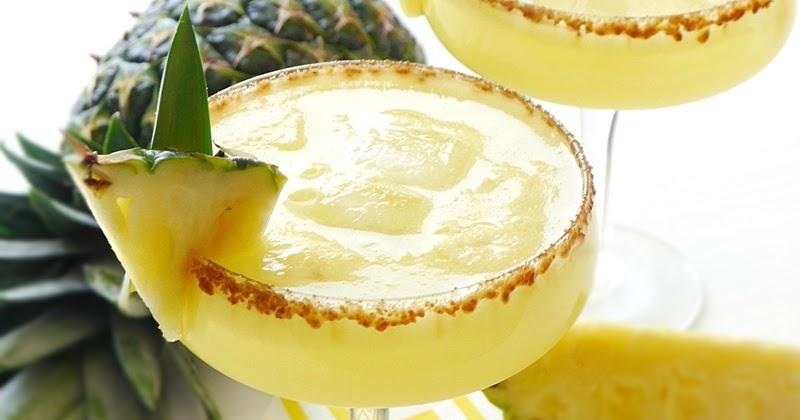 pineapple-rum-punch-recipe-sangria-cocktail2.JPG