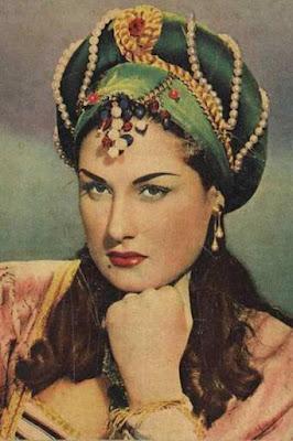 قصة حياة ليلى فوزي (Laila Fawzy)، ممثلة مصرية (20 أكتوبر 1918 - 12 يناير 2005).