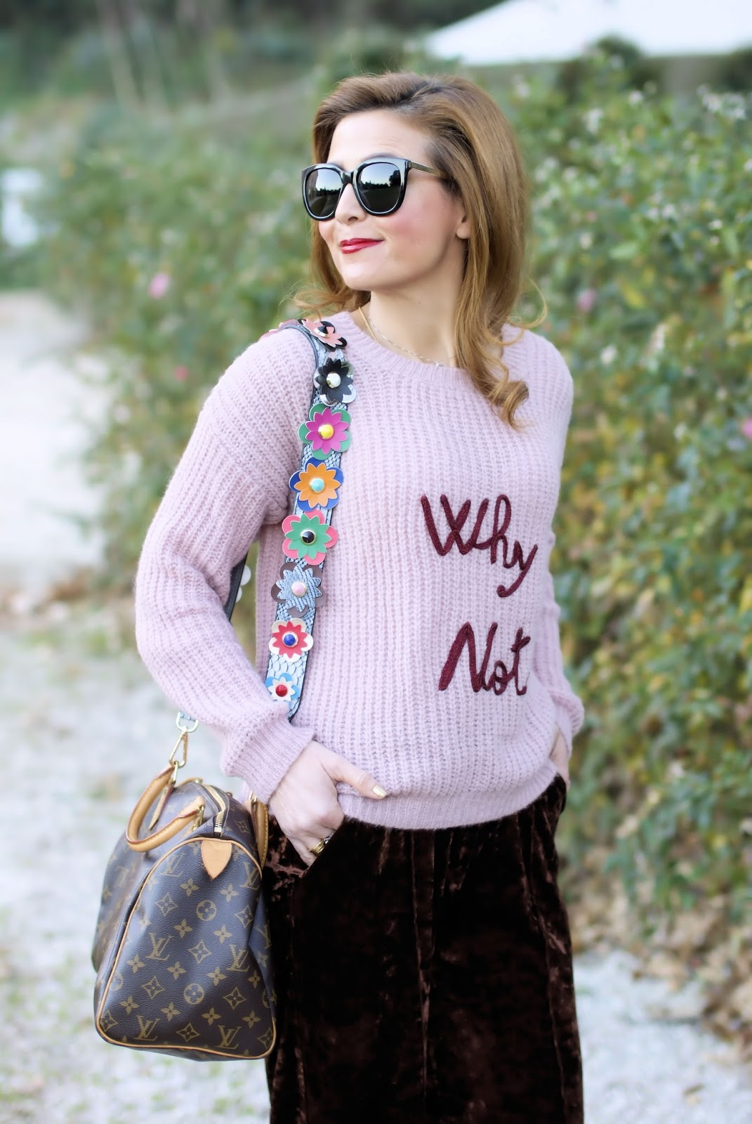 How to wear golden boots, Dixie sweater on Fashion and Cookies fashion blog, fashion blogger style