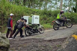 Distribusi  Surat Suara di 16 Wilayah Tergolong  Medan Berat