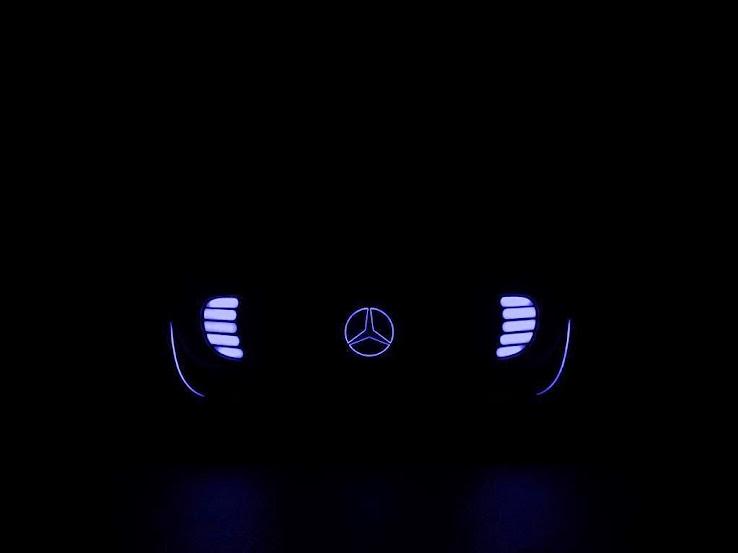 Mercedes-Benz autonomous car logo