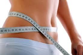 """<img src=""""adelgazar-rápidamente.jpg"""" alt=""""la mejor forma de adelgazar, sanamente es con una dieta baja en calorías"""">"""