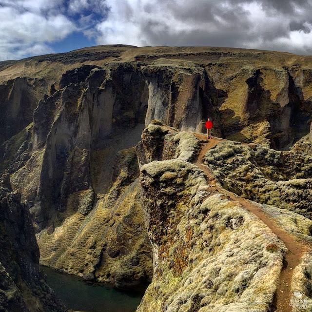 Cañon Fjaðrárgljúfur en Islandia