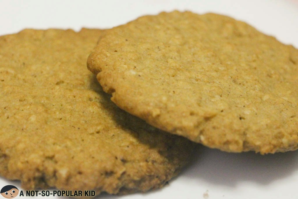 Crunchy Oatmeal Cinnamon Cookies by Sweets for You