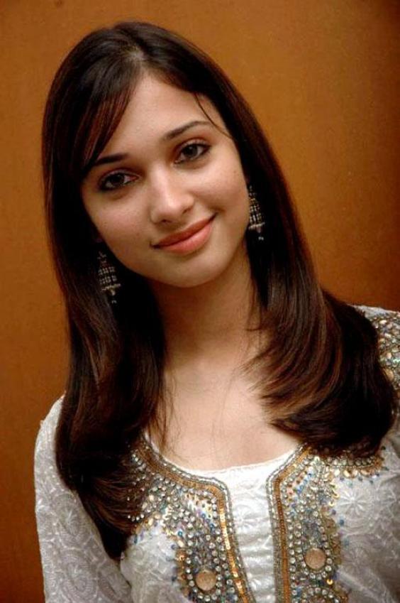 Tamanna Without Makeup: Tamanna Bhatia Boobs Hot Pictures Gallery