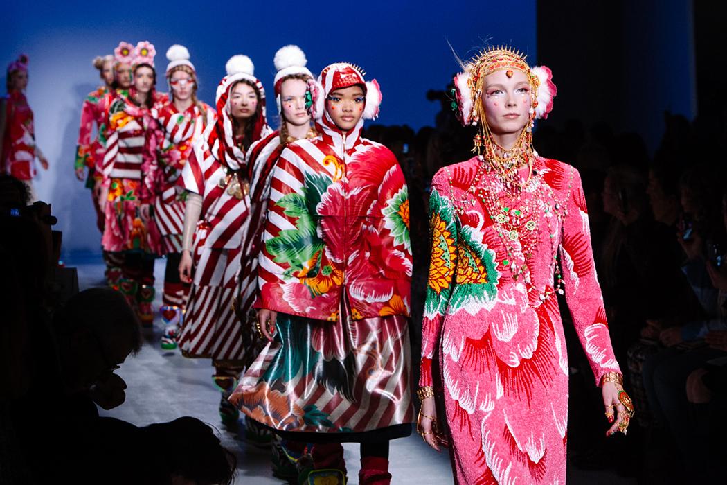 Exposition Art Blog Avant Garde Fashion Manish Arora